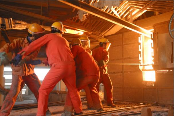 81000KVA大型密闭电石炉耐火材料砌筑方案