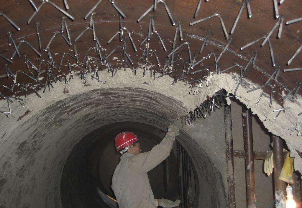 立管式加热炉炉衬损坏原因及改进措施