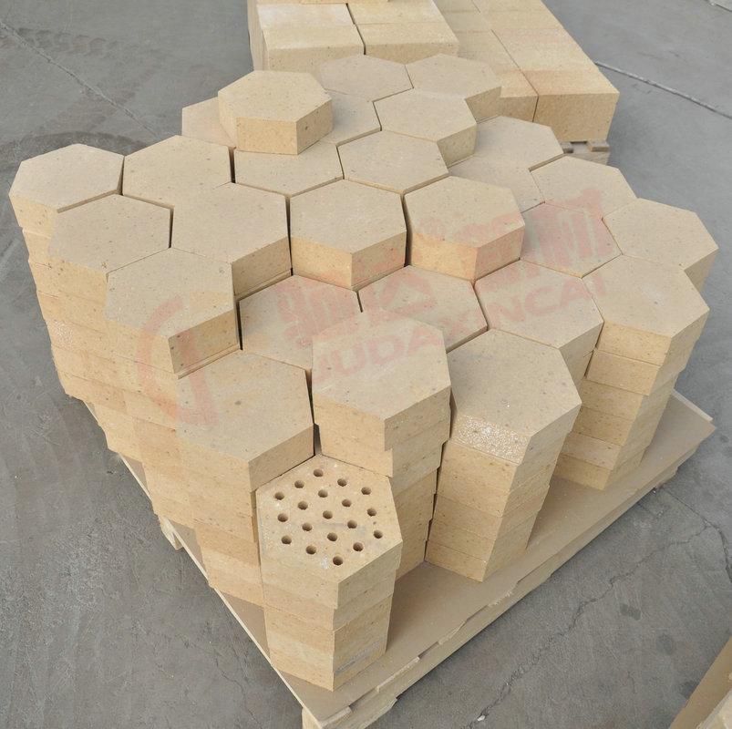 高铝孔心砖